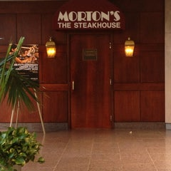 Photo taken at Morton's The Steakhouse by Sherah T. on 5/13/2012