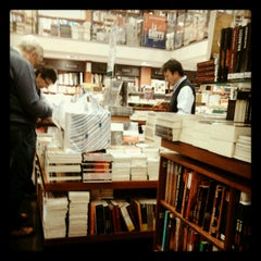Photo taken at Libreria Antártica by Andrés V. on 8/29/2012