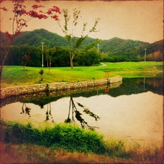 Photo taken at 아난티클럽 서울 by Jean on 9/2/2012