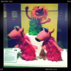 Photo taken at Jim Henson's Fantastic World exhibit by Greg0ry T. on 2/25/2012