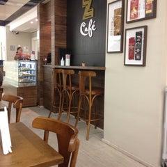 Photo taken at Z Café by Rafael D. on 3/1/2012