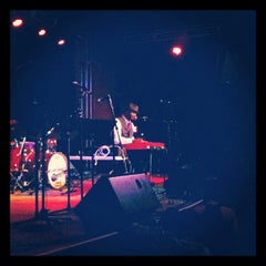 Photo taken at 3rd & Lindsley Bar and Grill by Joel H. on 5/19/2012