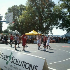 Photo taken at Kits Beach Basketball Courts by Will C. on 8/11/2012