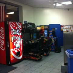 Photo taken at Super Bright 24 Hour Laundromat by Edwin U. on 6/20/2012