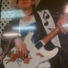 Photo taken at Charlie's Guitar by Micki S. on 5/4/2012