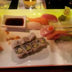 Photo taken at Big Tuna Sushi Restaurant by Juan A. on 3/27/2012