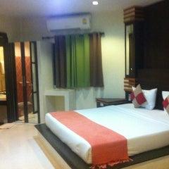 Photo taken at Thanisa Resort by Charinee K. on 4/25/2012