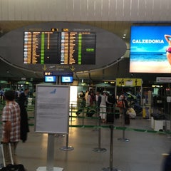 Photo taken at Aeroporto di Venezia Marco Polo (VCE) by Chiara on 7/16/2012