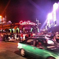 Das Foto wurde bei Cask 'n Flagon von Changing L. am 8/25/2012 aufgenommen