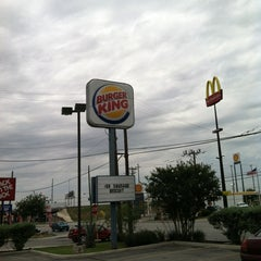 Photo taken at Burger King® by Andre G. on 4/16/2012