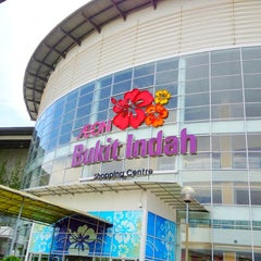 Photo taken at AEON Bukit Indah Shopping Centre by Absolute P. on 5/5/2012