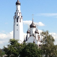 Photo taken at Парк Строителей by Olga on 8/18/2012