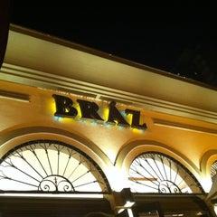 Photo taken at Bráz Pizzaria by Gabriela R. on 5/20/2012
