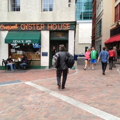Photo taken at Original Oyster House by J R. on 3/30/2012