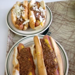 Photo taken at Milwaukee Wiener House by Mark B. on 3/24/2012