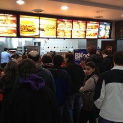 Photo taken at Burger King by Flyon L. on 5/26/2012
