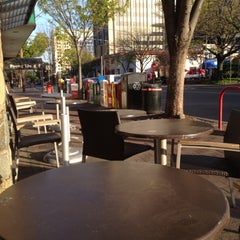 Photo taken at Starbucks by SemiToxic on 4/8/2012