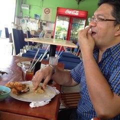Photo taken at Restoran Kak Dayang Dan Katering by Zally S. on 3/3/2012