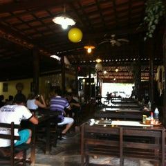 Photo taken at Dona Cida by Denilson R. on 6/7/2012