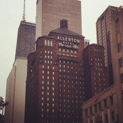 Photo taken at Warwick Allerton Hotel Chicago by Filippo M. on 8/16/2012