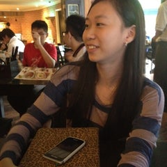 Photo taken at PappaRich by Evelyn C. on 7/11/2012