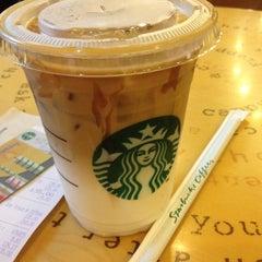 Photo taken at Starbucks (สตาร์บัคส์) by Mon N. on 5/13/2012