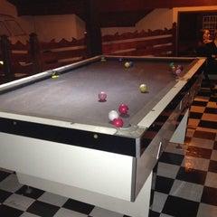 Foto tirada no(a) Das Antiga Pub por Roberto C. em 5/13/2012