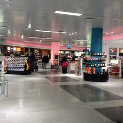 Photo taken at Duty Free by Richard Y. on 8/26/2012