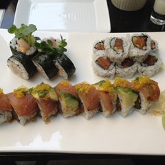 Photo taken at Nijo Sushi Bar & Grill by Anthony B. on 8/11/2012