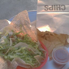 Photo taken at Chipotle Mexican Grill by Shanti S. on 5/23/2012