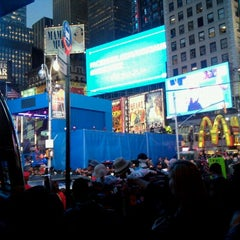 Photo taken at Nokia Lumia 900 Live @ Times Square by Lucia on 4/6/2012
