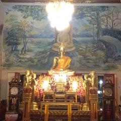 Photo taken at วัดเทพลีลา พระอารามหลวง (Wat Thep Leela) by Noppadon N. on 3/7/2012