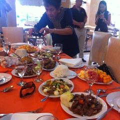 Photo taken at Cafe Eduardo by Julius C. on 5/2/2012
