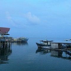 Photo taken at Esplanad Sidek by Yiling L. on 8/16/2012