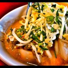 Photo taken at Restoran Sri Bunga by Hanafi Z. on 7/7/2012