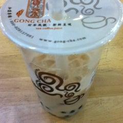 Photo taken at Gong Cha 贡茶 by Alma J. on 8/11/2012