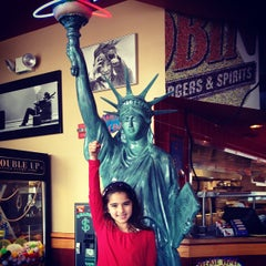 Photo taken at Red Robin Gourmet Burgers by Aj K. on 4/12/2012