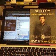 Photo taken at Nueva Oficina Sutton by Ivan P. on 5/24/2012