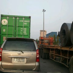 Photo taken at Jl Raya Pelabuhan by Iedha A. on 5/11/2012