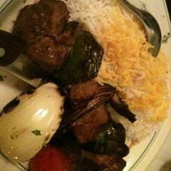 Photo taken at Ravagh Persian Grill by Minh N. on 5/20/2012