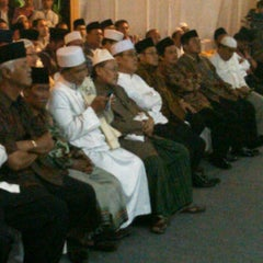 Photo taken at Jl. Denpasar by handyka a. on 2/9/2012