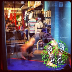 Photo taken at lululemon athletica by Wiafe M. on 9/6/2012