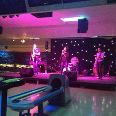 Photo taken at Memory Lanes and the Flashback Cafe by Tameka D. on 4/1/2012