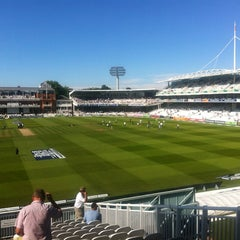 Photo taken at Lord's Cricket Ground (MCC) by Mark C. on 8/18/2012