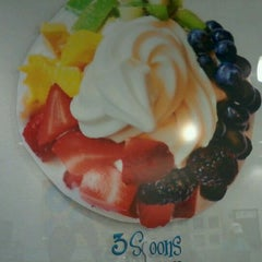 Photo taken at 3 Spoons Yogurt by Joshua B. on 3/11/2012