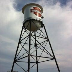 Photo taken at Southern Thunder Harley-Davidson by Jennifer P. on 3/17/2012
