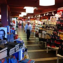 Photo taken at Area di Servizio Arda Est by Francesco C. on 4/24/2012