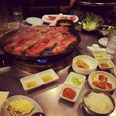 Photo taken at Honey Pig Gooldaegee Korean Grill by Tina L. on 7/15/2012