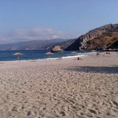 Photo taken at Λιμνιώνας (Limnionas Beach) by Antonis G. on 9/2/2012