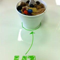 Photo taken at Yo-Joe's Frozen Yogurt & Coffee Shoppe by Nathan G. on 4/19/2012